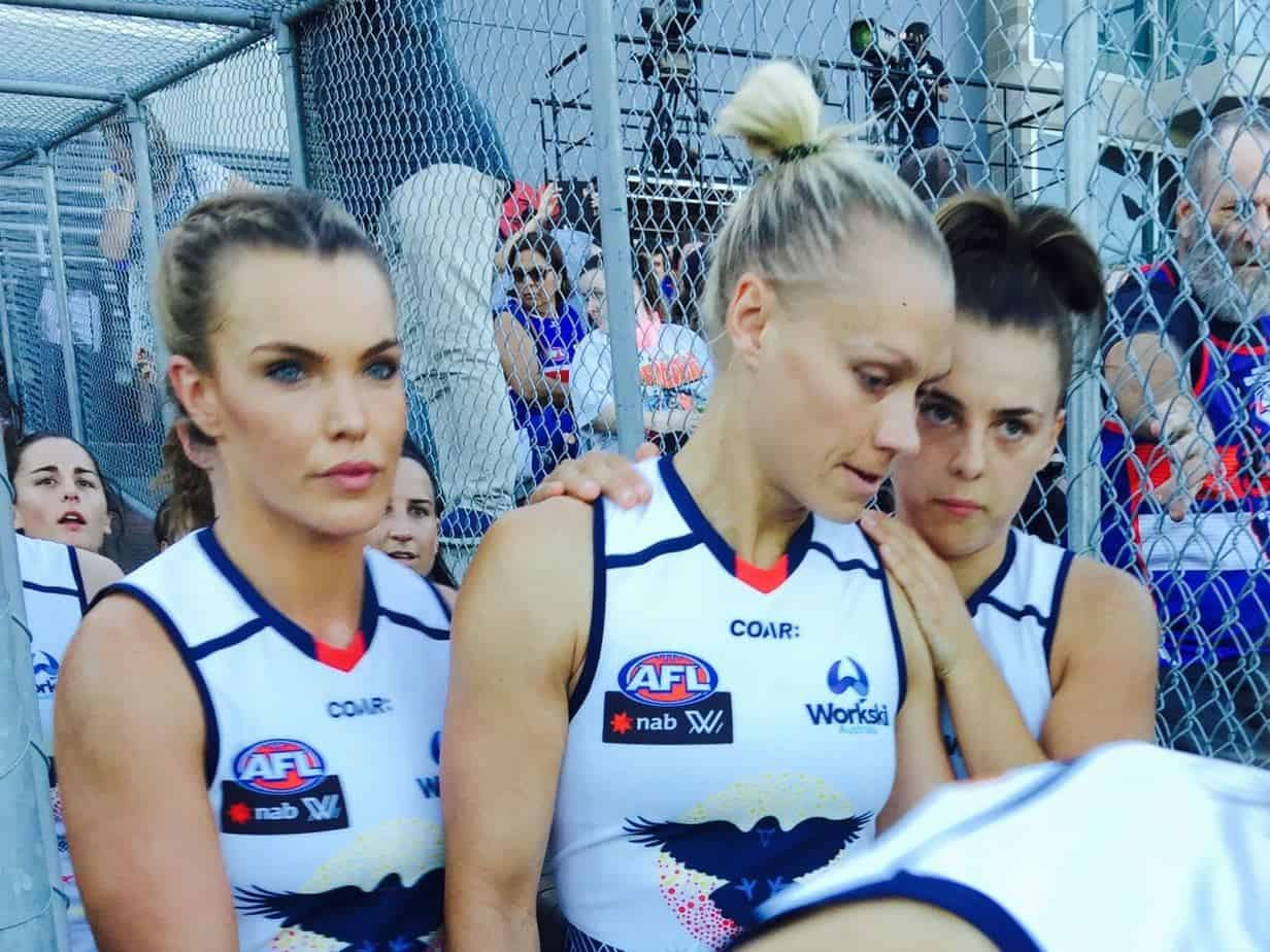 5 minutes with: TV presenter & AFLW player Abbey Holmes